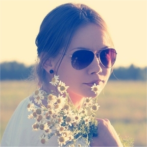 meisje met bloemen
